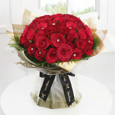 Dazzling 50 Red Roses Hand Tied