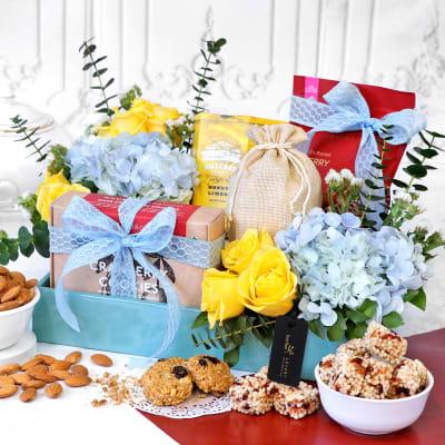 Gift Hampers Online Send Gift Hamper Baskets For Valentine S Day India