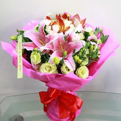 Mixed Seasonal Flowers Bouquet