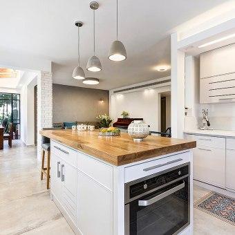תנור מובנה באי שבמטבח