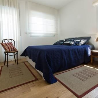 חדר שינה בהיר ונעים