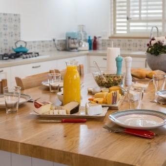 ארוחת בוקר מפנקת במטבח מיוחד