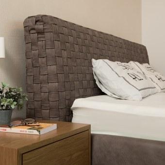 מיטת עור עם גב מיטה קלוי