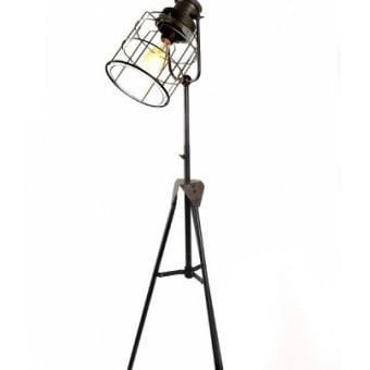 מנורה עומדת מקט 700597