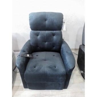 כורסא חשמלית עם מנגנון המסייע לקימה
