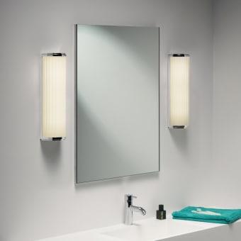 """מראה מרחפת לחדר האמבטיה 4 מ""""מ מידות: 50X60  תו תקן- כל המוצרים של המחלקה מיוצרים מזכוכית מחוסמת עם תו תקן 6, 8 ו 10- מ""""מ"""