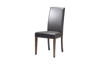 """כסא בריפוד דמוי עור. רגל אלון.  מידות: רוחב: 48.5 ס""""מ עומק: 42.5 ס""""מ גובה: 99.5 ס""""מ"""