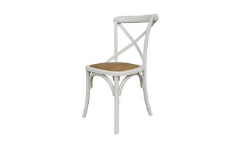 """כסא עשוי עץ בוקיצה בצבע לבן, בעל מושב ראטן בגוון טבעי.  מידות: רוחב: 53 ס""""מ עומק: 50 ס""""מ גובה: 89 ס""""מ"""