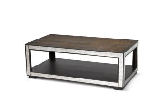 """שולחן סלון מעץ צבוע.  מידות: אורך: 130 ס""""מ רוחב: 70 ס""""מ גובה: 46 ס""""מ"""