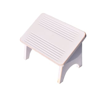 ה Pusher הוא הדום זוויתי עשוי עץ מלא. מאוד נוח ותומך בגב התחתון בזמן הנדנוד. רגליות ההדום מצוידות בגומיות למניעת תזוזתו בזמן השימוש.