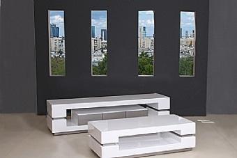 מערכת מזנון ושולחן מדגם ספרינג מבית Vitorio Divani, ייבואן רשמי של מוצרי ריהוט לבית. הריהוט מגיע בגימור מושלם ובאיכות בלתי מתפשרת תוך שימוש בחומרי איכותיים להבטחת עמידות לאורך זמן.