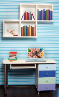 תיאור מוצר סיפריה דגם גלית בשילוב צבעי ילדים. סיפריה כוללת: שולחן כתיבה, שידת מגירות וקוביות מעוצבות.