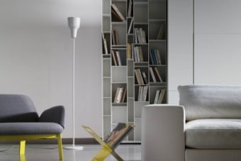 סידרה: EVA מעצב/מותג: modoluce חומרים: קרמיקה מבריקה או קוטו איטלקי צבעים: לבן או חום כהה
