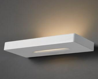 צמוד קיר לשימוש תאורת פנים. מקור אור 28W לד Bridgelux.   מיוצר מאלומיניום.   זמין בצבע שחור, לבן.
