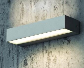 צמוד קיר לשימוש תאורת חוץ. מקור אור 16W לד.   מיוצר מאלומיניום + זכוכית.   זמין בצבע אפור, לבן, בזלת.