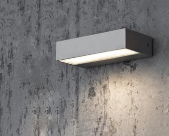 צמוד קיר לשימוש תאורת חוץ. מקור אור 6W לד.   מיוצר מאלומיניום + זכוכית.   זמין בצבע אפור, לבן, בזלת.