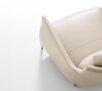 כורסא דגם RIGA של חברת LIGNE ROSET הצרפתית  כורסא קלאסית ואלגנטית הניתן להזמין במגוון רחב של בדי ריפוד.  מידות:  L. 79 cm - P. 99 cm - H. 101 cm   Riga is an elegant armchair designed by Eric Jourdan for Ligne Roset.  With the Riga armchair, Eric Jourdan seizes on an archetypal piece, the Voltaire armchair. However comfortable it may be, this traditional armchair has a rather stiff, static air. Eric Jourdan's challenge was to soften its lines and breathe life and dynamism into them. By treating the exterior shell as a shroud, a living skin which envelops the seat and back cushions, Eric Jourdan delivers a rejuvenated, pared-down version with free, sensual lines  Delivery time up to 90 business days