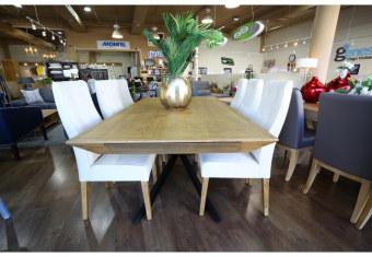 """שולחן פינת אוכל +6    כיסאות דגם ספיידר פינת אוכל בעיצוב    מודרני ויוקרתי + 6 כיסאות פינת האוכל בגימור    פורניר אלון בשילוב עץ מלא. רגלי פינת האוכל    עשויות מתכת בצבע שחור בעיצוב מרהיב כסאות פינת האוכל מעץ    מלא ומרופדות בבד רחיץ ודוחה נוזלים. מידות: 110*200 + 2 הארכות    של 50 ס""""מ תיתכן סטייה של 2% ניתן לייצר בשילובי    צבעים שונים ובהתאמה אישית בתאום מול נציג המכירות תנאי משלוח : הובלה והרכבה ישולם    ע""""י הלקוח למוביל בעת ההגעה. מעל קומה שלישית ללא מעלית תוספת של 50 ש""""ח    לקומה במידה וצריך מנוף ישולם ע""""י הלקוח בכל    מקרה של צורך בשרותי מנוף חיצוניים או פירוק והרכבה החיוב יחול על הלקוח. הובלות    מעבר לנתיבות באר שבע שדרות וללהבים דרומה ומערבה {עוטף עזה עד מעברי הגבול} ומעבר    לקו הירוק, לעפולה מזרחה ועד לחיפה צפונה ייתכן עיכוב באספקה של עד 14 יום ותוספת    של 250 ₪ ישירות למוביל. לאזור    מצפה רמון\אילת תהיה תוספת של 350 ₪. מחירון משלוח : 450 ₪ (ישולם למוביל)"""