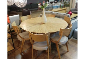 """שולחן פינת אוכל +6    כיסאות דגם נוגה פינת אוכל עגולה בסגנון    מודרני + 6 כיסאות פלטה עליונה מפורניר    עץ אלון טבעי כסאות פינת האוכל    ורגל השולחן מעץ מלא  מידות: 140 ס""""מ+ 2 הארכות    של 50 ס""""מ צבעים:טבעי,אגוז,(אלון    פראי בתוספת תשלום) תיתכן סטייה של 2% מחירון משלוח : 450 ₪ (ישולם למוביל) תנאי משלוח : הובלה והרכבה ישולם    ע""""י הלקוח למוביל בעת ההגעה. מעל קומה שלישית ללא מעלית תוספת של 50 ש""""ח    לקומה במידה וצריך מנוף ישולם ע""""י הלקוח בכל    מקרה של צורך בשרותי מנוף חיצוניים או פירוק והרכבה החיוב יחול על הלקוח. הובלות    מעבר לנתיבות באר שבע שדרות וללהבים דרומה ומערבה {עוטף עזה עד מעברי הגבול} ומעבר    לקו הירוק, לעפולה מזרחה ועד לחיפה צפונה ייתכן עיכוב באספקה של עד 14 יום ותוספת    של 250 ₪ ישירות למוביל. לאזור    מצפה רמון\אילת תהיה תוספת של 350 ₪."""