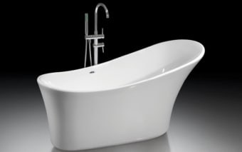 """אמבטיה 100% אקליק טהור  צבע לבן  מידות: 1590x700x830 מ""""מ,  אמבטיה עשויה 100% אקריליק טהור,  הוראות הכנה להתקנה:  1. הכנת פתח ניקוז בגודל 30*50 ס""""מ ועומק 10 ס""""מ מתחת למרכזה של האמבטיה.  2. התקנת רגליים לפילוס (איזון) האמבטיה, אם יש צורך.  3. אל ניקוז האמבטיה יתחבר צינור בקוטר 40 מ""""מ.  4. הכנה לצינורות חם / קר בהתאם לדרישה- במידה ולאמבטיה ברז מילוי עומד יש צורך בהכנת צנרת מהרצפה, אם לאמבטיה אביק מילוי יש צורך בצנרת צמוד לאביק במקום נסתר מהעין, אם לאמבטיה אונטרפוץ או סוללה יש צורך בהכנת צנרת מקיר."""