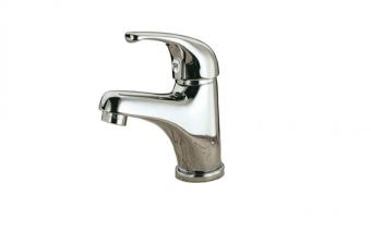 סדרת הבסיס של חברת רמר בעיצוב קלאסי, הסדרה מיוצרת במפעלים הממוקים במחוז מילאנו. ברז אמבט     תוצרת איטליה     אורך פיה 100     גובה פיה 55     גובה ברז 115     גימור כרום