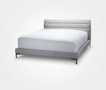 """מיטה בעלת בסיס עור.  כולל סלאט.  מידות:  אורך: 224 ס""""מ  רוחב: 178 ס""""מ  מתאים למזרון: 200*160 ס""""מ"""