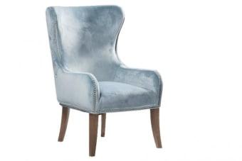 כורסא גבוהה תכלת – תוספת מיוחדת לסלון בעיצוב מלכותי ומרשים    כורסא גבוהה תכלת עם גב מרופד קפיטונאז'. הכורסא מעוצבת בסגנון עתיק עם גב גבוה ומרשים ומיוצרת מריפוד קטיפה איכותי על בסיס עץ מלא. תוספת מקסימה לסלון, אפשר לשלב במספר גוונים למראה אקלקטי. עכשיו עם שרות משלוחים ארצי.