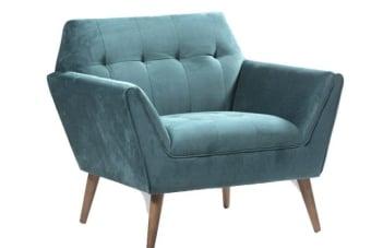 כורסא גדולה פטרול – תוספת צבעונית מקסימה לסלון    כורסא גדולה פטרול בעיצוב גאומטרי וריפוד בארבעה צבעים לבחירה. הכורסא מיוצרת על בסיס עץ מלא ומיוצרת בגודל רחב במיוחד. מתאימה כתוספת עיצובית לחלל המגורים וכאלמנט צבעוני בסלון. מומלץ לשלב מספר גוונים למראה אקלקטי. עכשיו בגלריה או שרות משלוחים ארצי.
