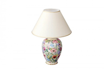 מנורת אווירה פרחונית מקסימה מקרמיקה    מנורה פרחונית מקרמיקה לתאורת אווירה רכה. המנורה מיוצרת מקרמיקה איכותית ומעוצבת בסגנון קלאסי הכוללת צביעה בגוונים רכים ומבנה מעוגל ואהיל מהודר לתאורה רכה ונעימה. מתאימה להנחה על מזנון או שידה, תוספת עיצובית אלגנטית ומיוחדת לחלל המגורים בבית, ע ובמשלוח לכל הארץ.