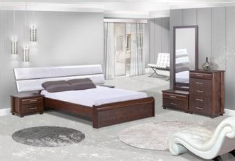 מיטה זוגית ארגונומית עם ראש מיטה מעוצב עם כריות מרופדות וקריסטלים. הקומפלט בסגנון יפני מעוצב ותואם למיטה.
