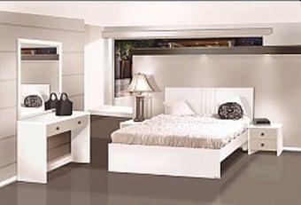 """חדר שינה קומפלט דגם טוסקנה הכולל מיטה זוגית + 2 שידות+קומודה ומראה.   חדר שינה מיוצר בארץ ועשויים מ- M.D.F אירופאי איכותי עם תו תקן 9001 .   * ניתן לבחור את   צבע   חדר השינה מתוך מגוון רב של צבעים.   מידות:   מיטה   :   רוחב: 150 ס""""מ -   מתאים למזרן במידה 140/190 ס""""מ, גובה המיטה: 100 ס""""מ   שידות   : רוחב: 40 ס""""מ, גובה: 44 ס""""מ, עומק: 44 ס""""מ   קומודה   : רוחב: 100 ס""""מ, גובה: 70 ס""""מ, עומק 41 ס""""מ   מראה   : רוחב: 65 ס""""מ, גובה: 100 ס""""מ.   ניתן להזמין בגדלים אחרים בתוספת תשלום.   * מעל קומה 3 בהעמסה ידנית תהיה תוספת של 35 ₪ לקומה.   בכל מקרה של צורך בשרותי מנוף חיצוניים החיוב יחול על הלקוח.   הובלות מחיפה צפונה, מבאר שבע דרומה ומעבר לקו הירוק ייתכן עיכוב באספקה של 14 יום וכמו כן קיימת תוספת מחיר של 149 ₪ להובלה."""