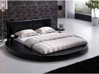 """ליאם שחור  מיטה זוגית עגולה מעוצבת בסגנון מודרני נקי במיוחד. למיטה זו 2 שידות לילה צפות המחוברות למיטה. ניתן לרכוש את המיטה במבחר גדלים וצבעים.  מידת מיטה תואמת למזרן 1.6*1.9:     אורך- 255 ס""""מ     רוחב- 282 ס""""מ     גובה- 90 ס""""מ  מידת מיטה תואמת למזרן 1.8*2.0:     אורך- 255 ס""""מ     רוחב- 302 ס""""מ     גובה- 90 ס""""מ"""