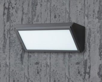 93236L  צמוד קיר לשימוש תאורת חוץ. מקור אור 35W לד Tridonic. מיוצר מאלומיניום + פלסטיק. זמין בצבע אפור, לבן, בזלת.  מפרט טכני  מקור אור:  35W לד Tridonic  לומין:  3710Lm  צבע אור:  3000K, 4000K  מתח זינה:  230V  דרגות הגנה:  20  קבוצת בידוד:  1  חומר:  אלומיניום + פלסטיק  זמין בצבע:  אפור, לבן, בזלת  אחריות:  3 שנים