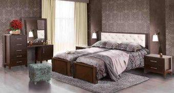 """חדר שינה עם הפרדה למגזר הדתי דגם BH 51 חדר שינה קומפלט בעיצוב שמרני הכולל: מיטה זוגית עם הפרדה יהודית בתוספת ארגזי מצעים + 2 שידות לילה + טואלט + מראה. ארגזי המצעים מרווחים עשויים סנדוויץ' להבטחת חוזק ועמידות, ארגזי המצעים מתרוממים באמצעות בוכנות הידרואליות איכותיות, משטח השינה עשוי עץ מלא וחזק במיוחד. חדר השינה בעל גימורים מעולים ופרזול איכותי במיוחד, חזק ועמיד לשנים רבות. החומרים הינם בעלי תו תקן ישראלי. חדר השינה מגיע במגוון צבעים להתאמה אישית. חדר שינה הכולל: מיטה עם הפרדה + ארגזי מצעים + 2 שידות לילה + טואלט + מראה בעיצוב מיוחד, ללא מזרנים. מידות בס""""מ: מיטה - רוחב: 170, אורך: 200. קומודה - רוחב: 150, גובה: 122, עומק: 40. שידה - רוחב: 56, גובה: 40, עומק: 40. מראה - 80X90. המחיר אינו כולל מזרנים, המידה למזרנים 190\80 (ניתן לקבל במידות שונות). צבעים: שמנת, מולבן, אגוז, אגס חום, שיטה, קוניאק, לבן או ונגה. 12 חודשי אחריות! המחיר נכון ל – 12 תשלומים ללא ריבית בכרטיס אשראי."""