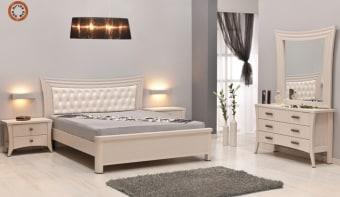 """חדר שינה קומפלט דגם 1008 חדר שינה קומפלט הכל עשוי מ- M.D.F מלא ועבה (Multi Density Fireboard) בעל גימורים איכותיים, בציפוי מלמין יצוק איכותי העמיד בפני שריטות וניתן לרחיצה, בעל פרזולים איכותיים. משטח השינה עשוי קורות עץ מלא פיני. החומרים הינם בעלי תו תקן ישראלי. חדר שינה הכולל: מיטה + 2 שידות לילה + טואלט + מראה בעיצוב מיוחד, ללא מזרון. מידות בס""""מ: מיטה- גובה: 110 רוחב: 159 אורך: 205. טואלט- גובה: 74 רוחב: 114 עומק: 40. שידה- גובה: 48 רוחב: 64 עומק: 40. מראה- גובה: 110 רוחב: 112. המידה למזרן 140\190 (ניתן לקבל במידות שונות). צבעים: אגוז, ונגה, שיטה, שמנת ומולבן. 12 חודשי אחריות! המחיר נכון ל - 12 תשלומים ללא ריבית בכרטיס אשראי.  אופציה לארון"""