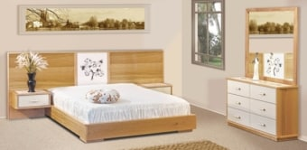 """חדר שינה קומפלט דגם R 16 עשוי מעץ מלא חדר השינה מאסיבי וחזק במיוחד, מעץ מלא שעבר תהליך מבוקר של יבוש ועיבוד בשילוב סנדוויץ', בעל גימורים מעולים ופרזולים איכותיים. משטח השינה עשוי קורות עץ מלא. החומרים הינם בעלי תו תקן ישראלי. חדר שינה הכולל: מיטה + 2 שידות לילה + טואלט + מראה בעיצוב מיוחד, ללא מזרון. מידות חיצוניות בס""""מ: מיטה מתאימה למזרן 190\160 שידה - גובה: 24 רוחב: 55. טואלט - גובה: 78 רוחב: 120. מראה - גובה: 115 רוחב: 115. המחיר הינו לחדר שינה הכולל: מיטה זוגית (160/190) + 2 שידות לילה + טואלט + מראה, ללא מזרון. * אופציה לארגז מצעים בתוספת תשלום . המחיר נכון ל-12 תשלומים ללא ריבית בכרטיס אשראי.  גוון עץ לבחירה:"""