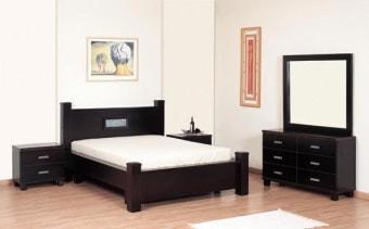 """חדר שינה קומפלט דגם אורן מעץ מלא חדר שינה מעץ הכולל מיטה, 2 שידות, קומודה ומראה. ניתן לקבל את המיטה בגודל 140,150,160/190,200. מידות המיטה: גובה: 100 ס""""מ. רוחב: 160 ס""""מ. אורך: 214 ס""""מ. (למזרון בגודל 140/190 ) מידות הקומודה: גובה: 73 ס""""מ. רוחב: 40 ס""""מ. אורך: 119 ס""""מ. מידות שידה: גובה: 54 ס""""מ. רוחב: 40 ס""""מ. אורך: 60 ס""""מ. מידות מראה: גובה: 100 ס""""מ. רוחב: 110 ס""""מ. ניתן לקבל במבחר גדול של גוונים. ניתן לקבל חלקים מחדר השינה. המחיר אינו כולל מזרון. אנא צור/צרי קשר טלפוני לבירור הגודל והגוון הרצויים."""