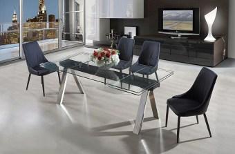 """שולחן אוכל מזכוכית + 6 כסאות דגם הדר 160 פינת אוכל מזכוכית הבנוייה מהחומרים הטובים ביותר ועמידה לשנים. שולחן זכוכית מלבני הנפתח ל- 240 ס""""מ עם רגליים מעוצבות. פלטת השולחן מזכוכית במראה ייחודי. המערכת כוללת 6 כסאות אוכל מרופדים עם רגלי עץ, בקווים נקיים ומודרניים. ריפוד הכסאות חזק במיוחד ומצטיין בניקוי קל ומהיר. לשולחן 2 הגדלות של 40 ס""""מ. מידות השולחן: אורך: 160 ס""""מ, רוחב: 90 ס""""מ. נפתחת ל- 240 ס""""מ. גוון ריפוד כסאות לבחירה : אפור או שחור. המחיר הינו לשולחן + 6 כסאות מרופדים . המחיר נכון ל- 12 תשלומים ללא ריבית בכרטיס אשראי."""