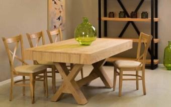 """פינת אוכל מעץ + 6 כסאות דגם קורין שולחן אוכל + 6 כסאות בגוון אלון טבעי, פינת האוכל כוללת שולחן המעוצב בקו איטלקי עדין, פינת האוכל בנוייה מהחומרים הטובים ביותר ועמידה לשנים. לשולחן שתי הגדלות באורך 50 ס""""מ כל אחת, כך שהשולחן נפתח לאורך 280 ס""""מ. פינת האוכל כוללת 6 כסאות אוכל בעיצוב תואם, בקווים נקיים ומודרניים. ריפוד הכסאות עשוי דמוי עור בגוון שמנת, המצטיין בניקוי קל ומהיר. מידות השולחן: אורך: 180 ס""""מ, רוחב: 100 ס""""מ . לשולחן הגדלות נוספות של 2X50 ס""""מ. גודל שולחן פתוח: 280/100. המחיר הינו לשולחן + 6 כסאות בלבד . המחיר נכון ל- 12 תשלומים ללא ריבית בכרטיס אשראי."""