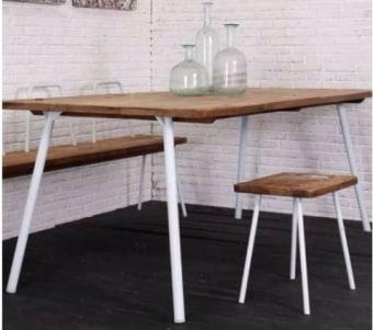 """שולחן אוכל עשוי עץ מלא עם רגלי ברזל רוחב: 90 ס""""מ אורך: 180 ס""""מ גובה: 78 ס""""מ"""