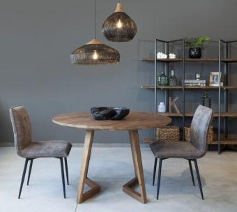 """שולחן אוכל עגול עם רגליים בעיצוב מיוחד. פלטה בעובי 4 ס""""מ. רוחב: 120 ס""""מ אורך: 120 ס""""מ גובה: 77 ס""""מ"""