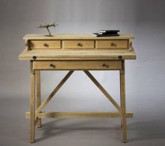 """סקרטר מעוצב עם מדף נפתח רוחב: 46 ס""""מ אורך: 100 ס""""מ גובה: 91 ס""""מ"""