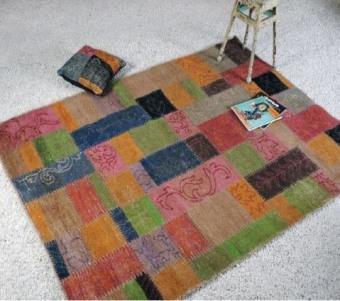 """שטיח צבעוני מצמר בגדלים שונים רוחב: 160 ס""""מ אורך: 230 ס""""מ"""