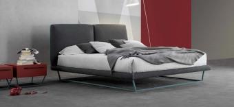 מיטה זוגית קלילה Amlet  מיטה זוגית מרחפת המשדרת רכות וקלילות