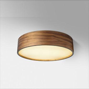 גוף תאורה צמוד לתקרה , ניתן להזמין בגווני עץ שונים, מתאים לכל חלל
