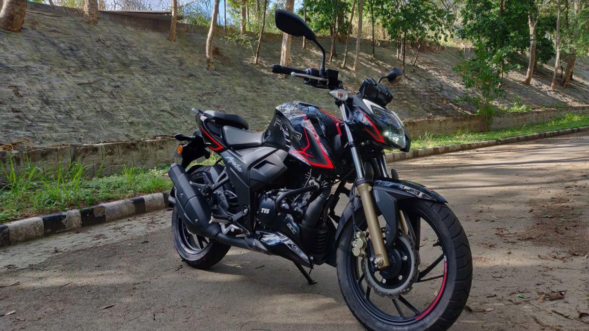 tvs apache on rent in dehradun. bike on rent in dehradun. bike rental uttarakhand
