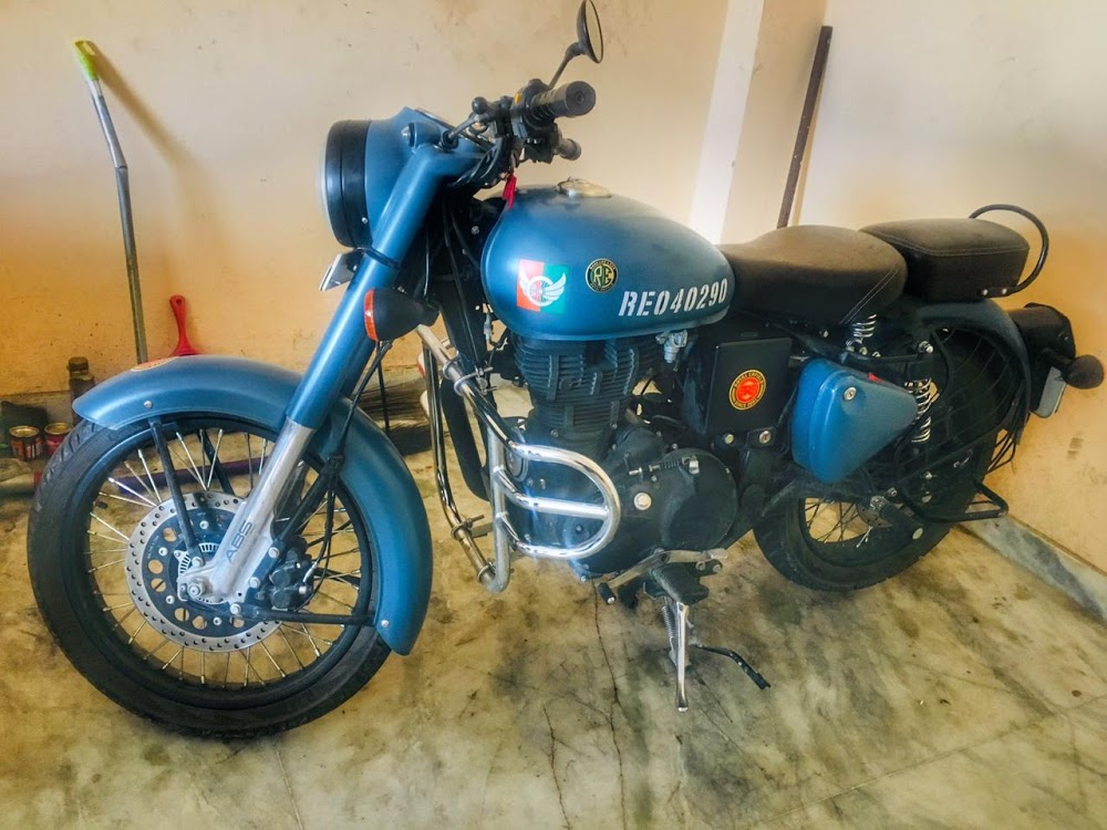 Intwiff : Royal Enfield Himaliyan On Rent in Dehradun