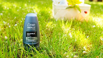 Antiperspirant Rollon Men Care Invisible de la Dove