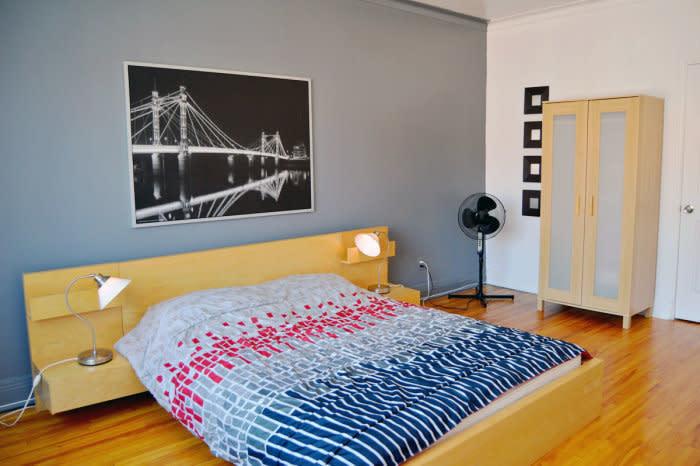 Chambre lit queen étudiante