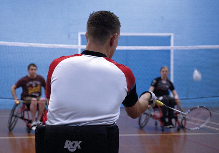 para badminton match